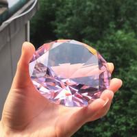 kunsthandwerk materialien großhandel-80mm Farbe Klar Kristall Diamant Form Briefbeschwerer Glas Edelstein Display Ornament Hochzeit Dekoration Kunsthandwerk Material Geschenk