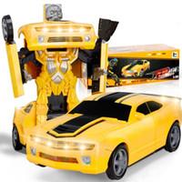 batteriebetriebener roboter großhandel-1 STÜCK 1:18 Fernbedienung Auto Transformerring Roboter 2,4G 4WD Räder Fahren Offroad RC Auto 4WD batteriebetriebenes Kletterauto RTR Kinderspielzeug