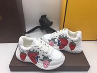 fraises gratuites achat en gros de-chaud! livraison gratuite chaussures pour enfants en cuir sport baskets enfants fille fraise chaussures blanc enfants baskets chaussures pour enfants
