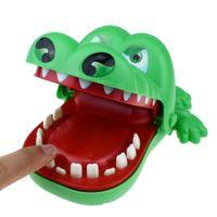 büyük ağızlı oyuncaklar toptan satış-Timsah Diş Hekimi Oyuncaklar 15x13x8 cm Timsah diş yapış oyuncaklar büyük ağız ısırık parmaklar Interaktif oyuncak plastik hayvan Anahtarlık Çocuk hediyeler