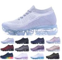 en iyi atletik erkekler spor ayakkabıları toptan satış-Hava Mens Tasarımcı Koşu Ayakkabıları Erkekler Için 2018 Rahat Hava Yastığı Eğitmenler Kadın Atletik Elbise Açık En Iyi Yürüyüş Spor Sneakers ABD 5.5-11