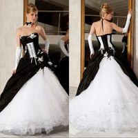 vestido gótico branco preto venda por atacado-2019 preto e branco do Vintage vestido de baile vestidos de casamento Strapless Backless espartilho gótico vitoriano Plus Size vestidos de noiva de casamento