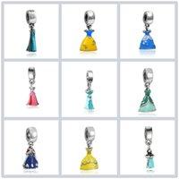 perles de cendrillon achat en gros de-Princesse Émail Robe Pendentif En Argent Plaqué Fille Jupe Alliage De Cendrillon Charme Perles Dangle Européenne DIY Bijoux Accessoires