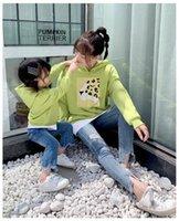 camisa de manga longa preta para meninas venda por atacado-T-shirt de manga comprida pai filha menina menino 2019 Primavera Outono roupas pretas Família Mesma roupa verde