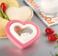 Wholesale love mould for sale - Group buy Love Shape Bread Mold Pink Color Multi Function DIY Sandwich Mould For Lovely Kitchen Cooking Tools