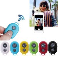 temporizador controlado por bluetooth al por mayor-Botón del obturador del temporizador automático del teléfono Bluetooth para el control remoto inalámbrico del obturador de selfie stick iPhone 7