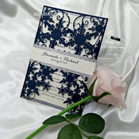 2019 Winter Snowflake Laser Cut Wedding Invitations Navy Blue Silver Bottom Invitations for Quinceanera with Glitter Belly Band