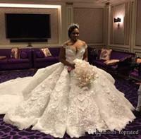 vestido modesto moderno venda por atacado-Modern Africano Plus Size Tribunal Trem A line Vestidos De Casamento Off-Ombro Frisado Gola de Tule Em Camadas Saias Apliques Modest Vestido De Noiva