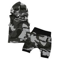 meninas camuflagem shorts venda por atacado-Roupa Da Menina da criança Bonito Meninos Do BebêMeninas Sem Mangas Camuflagem Com Capuz Tops + Shorts Roupas Casuais Set Idade 6M-4Y Roupas