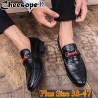 модная обувь корейский стиль мужчины оптовых-Korean Version Men Horse Buckle Dress Shoes Men Classic Plus Size  Style Fashion Formal Office Wedding Gentlemen Shoes