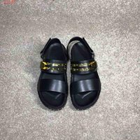 Wholesale latest leather sandal resale online - 2019 new High quality men s sandals classic style latest designs from well known designers Hardware decoration with the packing hot sale