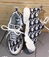 zapatillas de deporte de estilo libre al por mayor-YF Envío gratis nuevo estilo buena calidad damas zapatillas de deporte zapatos casuales zapatillas clásicas de las señoras de color de la flor suelas antideslizantes 35-41