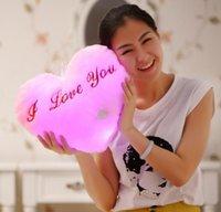 doldurulmuş aşk bebekleri toptan satış-Prettygift Dolması Bebekler LED kalp I LOVE U Işık Renkli Yastıklar Popüler Peluş Oyuncaklar Çocuklar için kız arkadaşı için shinning hediye