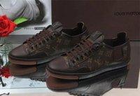 мужская обувь продажа оптовых-Дешевые продажи мужчины плоские туфли Повседневная обувь кроссовки мужчины дизайнер тренеры кожаные ботинки Бесплатная доставка