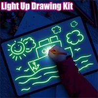 tablero luminoso al por mayor-Draw With Light Diversión y juguete Tablero de dibujo Magic Draw Educativo Hogar creativo Luminous sketchpad Tablero de escritura fluorescente para niños juguetes