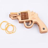 tahta tabanca oyuncakları toptan satış-Fradoo 3D DIY Ahşap Montaj Oyuncaklar Lazer Kesim Woodcraft Meclisi Kiti Çalışan Yangın Lastik Bant Tabanca Tabanca Modeli Yapboz Oyuncaklar