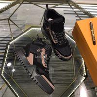 botas de entrenamiento de corte bajo al por mayor-Zapatos ocasionales de los hombres mejor calidad de la malla hasta ante de cuero de lujo de las zapatillas de deporte de alta corte de graves de formación Top Zapatos para caminar zapatillas Botas