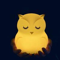 bebekler için gecelik hafif oyuncaklar toptan satış-Güzel Baykuş Karikatür Silikon Bebek Led Işık Çocuk Oyuncak Işıklar Başucu Gece Lambası Çocuklar Için Hediyeler 8 Renk Değiştirme Q190611