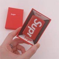 isqueiros de marca venda por atacado-Criativo Sup Querosene Isqueiro Carta De Cores Carta Com Caixa Clássica Moda Marca Presente De Moda Portátil Para O Amigo (Não Incluir O Óleo) 125