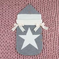 bolsa de dormir para bebés al por mayor-Sobres para los recién nacidos de cinco estrellas de dormir de punto gris Bolsas otoño botones hacia arriba infantil bebé de la manta de empañar Wrap Sacos de Sueño de invierno