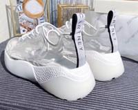 transparente schnürsenkel großhandel-Frühling neue Weinlese Lace-up Schwammkuchen Plattform kleine weiße Schuhe transparente Film Turnschuhe Damen Mode beliebte Freizeitschuhe