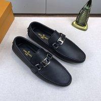 zapatos de guisantes de moda al por mayor-Diseñador de moda de lujo 2019 nuevos hombres zapatos Cuero genuino Botón de metal plano Guisantes zapatos zapatos casuales clásicos Con caja original tamaño 11
