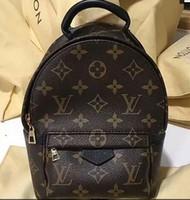 sac à dos gris achat en gros de-2018 top qualité célèbre marque Designer mode femmes sacs de luxe sacs à main en cuir marque sacs bourse épaule fourre-tout Sac Femmes Sacs à main 212132