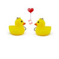 pvc torba hayvanlar toptan satış-Sarı ördek anahtarlık karikatür anahtar zincirleri PVC hayvan anahtarlık ördek çanta kolye çocuk oyuncakları Kauçuk DuckT2C5023