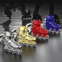 patines de moda al por mayor-Zapatos 3D Llaveros Llaveros Modelo Holder Mujer Roller Skates Hombres Moda Metal Charm Llaveros Joyas para el bolso del coche Niñas Niño llavero