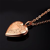 Wholesale heart floating for sale - Group buy Floating Heart Locket Necklace Pendant Women Jewelry Bridesmaid Mother s Day Gift Vintage Photo Necklace Minimalist P318