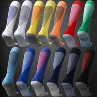 futbol çorabı mavi toptan satış-2020 Erkek Yetişkin Futbol Çorap 19 20 Takım Özelleştirme Uzun Çorap Antiskid Futbol Spor Çorap Siyah Beyaz Kırmızı Lacivert Sarı