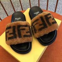 wanderschuhe sandalen großhandel-Flip Flops Männer Sandalen Schuhe Für Casual Walking Strand Dias EVA Massage Hausschuhe Designer Wohnungen Männlichen Sommer Herren Schuhe 35-45