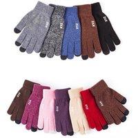 вязать перчатки оптовых-Magic Touch Screen Gloves Зимние вязаные перчатки Женщины Мужчины Теплая шерсть вязать варежки противоскольжения Полный Finger Зимний сенсорный экран перчатки GGA2723