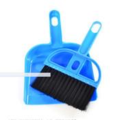 Wholesale broom cleaning dustpan resale online - Mini Desktop Sweep Cleaning Brush Small Broom Dustpan Set Sleepwear Pet Cleaning Brush Pets acessorios Pet Grooming VT0126