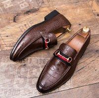 vestidos casuais venda por atacado-NOVA Designer de Moda homens crocodilo impressão Apartamentos casuais Sapatos Oxford cavalheiro Britânico vestido de casamento Homecoming Prom loafers a198