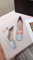 indirimli yaz sandaletleri toptan satış-UYARI! 2019 yaz yeni indirim tasarımcı yüksek kaliteli kadın kama ayakkabı deri kadın sandalet moda bayan ayakkabı shuag190413