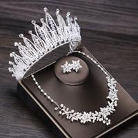 conjuntos de joyas de boda tiara perla al por mayor-Diamantes de imitación de lujo Corona de la boda Tiara Perla Collar llamativo Pendientes Conjuntos de joyería nupcial Boda Conjunto de joyas de cuentas africanas
