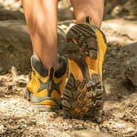 ingrosso scarponi da caccia di montagna-Clorts caldo inverno Sneakers per le donne scarpe impermeabili Donne Sneakers per Winter Mountain scarpe da caccia Stivali HKM-822
