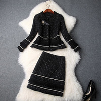 minifaldas de invierno para mujer al por mayor-Moda 2019 Otoño Invierno de Las Mujeres Nuevo Con Cuentas Arco Chaqueta Grueso Tweed Borlas Mini Trajes de Falda Señora de la Oficina Conjuntos de dos piezas