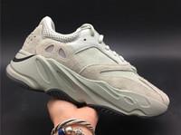 las mejores zapatillas deportivas para mujer. al por mayor-2019 700 V2 Zapatillas de correr Kanye West Hombres Mujeres Atléticas Mejor calidad 700s Zapatillas deportivas Zapatillas deportivas