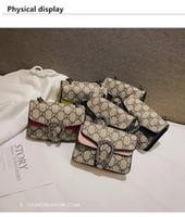 moda tasarlanmış hediye poşetleri toptan satış-Çocuklar Tasarımcı Çantalar Bebek Kız Mini Prenses Pruses Moda Klasik Desen Tasarım Çocuklar Zincir Çapraz vücut Çanta Candly Çanta Doğum Günü hediyeler