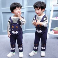 petites sangles pour enfants achat en gros de-Vêtements pour enfants Bébés Garçons Vêtements Ensemble Little Bear Stripe T-shirt à manches longues + Bretelles Pantalon Ensemble Enfants Sport Suit 1-4Y