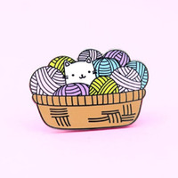 Wholesale wool brooches resale online - Cat Ball of Wool Brooch DONT GROW UP Lunch Box Alloy Badge Hard Enamel Pins Collection Button Corsage Collar Decor Denim Bag Accessory