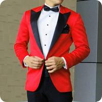 ingrosso usura nera rossa nozze sposa-Black Peaked Revel Red Groom Wedding Tuxedo Uomo Abiti 2Pezzo Prom Party Man Blazer Groom Wear Costume Homme Man Outfit Terno Masculino slim