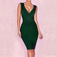 koyu yeşil diz elbise toptan satış-BEAUKEY Moda Kadınlar Seksi Derin V Boyun Askısı Elbise 2019 Yeni Diz Boyu Parti Gece Kulübü Bandaj Elbise Koyu Yeşil Toptan
