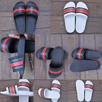 erkekler için beyaz terlik toptan satış-2019 Yeni Sıcak Satış Erkekler Plaj Slayt Sandalet Medusa Scuffs 2018 Terlik Erkek Beyaz Siyah Moda kayma-on Tasarımcı Sandalet Boyutu 36-45