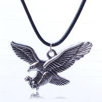 adlerketten großhandel-Eagle Wings Halsketten Tortoise Elements Feminino Schlüsselbein Kette Lederhalsketten Anhänger Statement Halskette