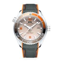 ingrosso orologi rossi della cinghia rossa-Cinturino in caucciù con cinturino in tela meccanico automatico James Bond 007 stile arancione blu rosso con castone girevole classico orologio Y19051703