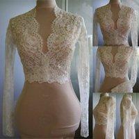 envolturas de encaje para bodas al por mayor-Barato Vestidos de novia Modest Alencon Encaje Cristales Cuello en V Novia Bolero para bodas Manga larga de encaje Nupcial