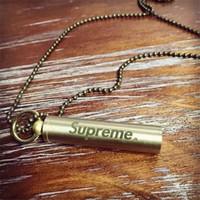 sifflet de pendentif achat en gros de-Pendentif de porte-clés sifflet rétro Life Life en cuivre avec compétition